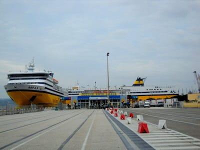 Où prendre le ferry pour la Corse à Toulon?